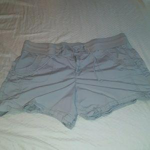 Pants - Womans shorts